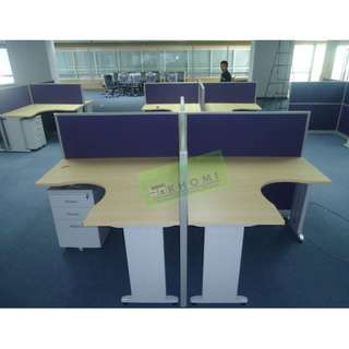 L-SHAPE WORKSTATIONS WITH OFFICE PARTITIONS--KHOMI