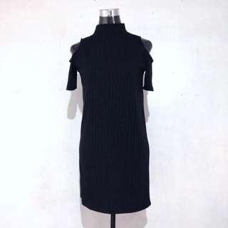 Coldshoulder dress