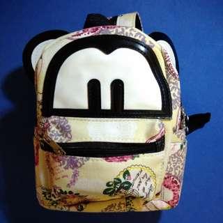 🚚 米奇 後背包/側背包 共三層夾層
