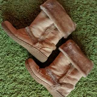 Winter Boot( inc pos)