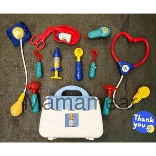 美國兒童仿真醫生13件手提套裝玩具 醫藥箱角色扮演