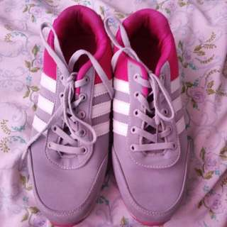 Adidas Class A rubbershoes