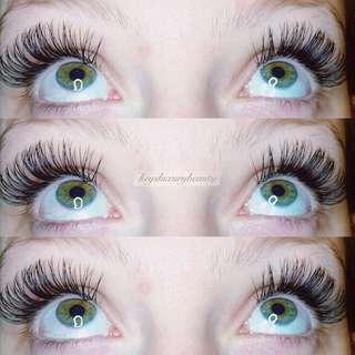 $✨55 eyelash extensions! Unlimited lash count!✨