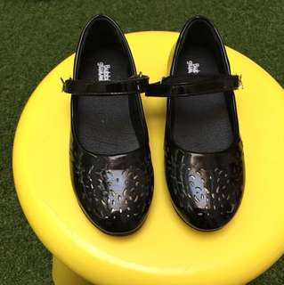 Black Shoes(2 pairs available)