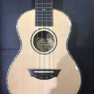 *OFFER* UKAKU Ukelele