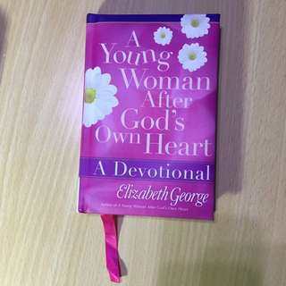 A Young Woman After God's own Heart (Elizabeth George)