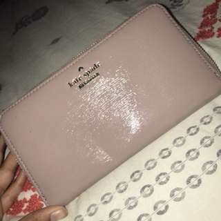 KATE SPADE Nude/Pink glossy finish wallet