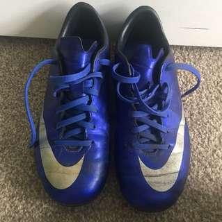 CR 7 Boys Football boots