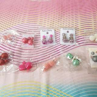 Dior earrings!! Buy 10 get 12 ^^