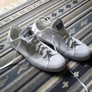 Converse white canvas for Man