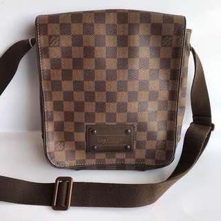 Louis Vuitton sling bag PM 2010