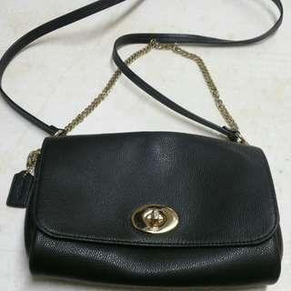 Coach Black Color Leather Cross Body Handbag 90%New