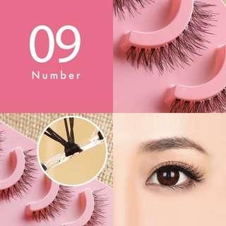 Eyelash that look like eyelash extensions ! Natural and light weight !