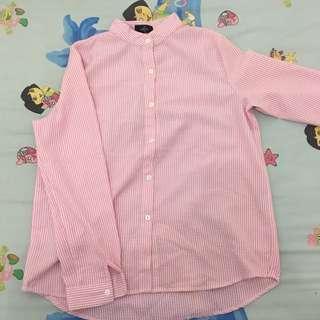 Kemeja pink putih