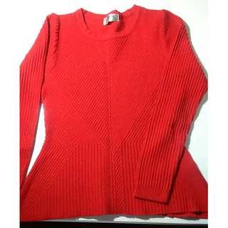 全新**專櫃紅毛衣**New Sweater