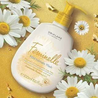 Feminelle Mild Intimate Wash with Chamomile Flower Extract