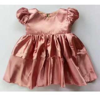 Baby gown in silk rose gold