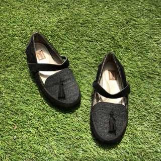 Sepatu anak kids girls shoes