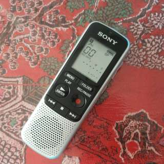 SONY IC RECORDER ICD -BX132