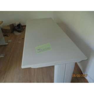 LIGHT GRAY OFFICE TABLES--KHOMI