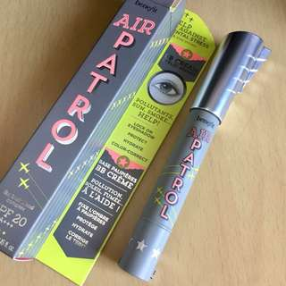 P1,800 Benefit Air Patrol BB cream eyelid primer