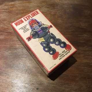 🚚 發條 鐵皮玩具 太空人