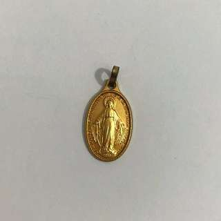Oval Golden Mary Pendant