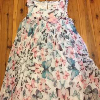 H&M girl dress size 5-6