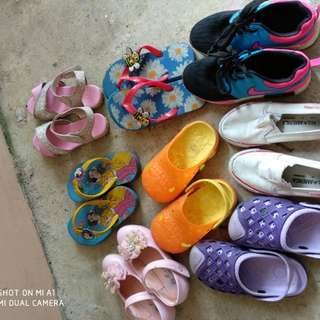 Shoes and slipper / kasut