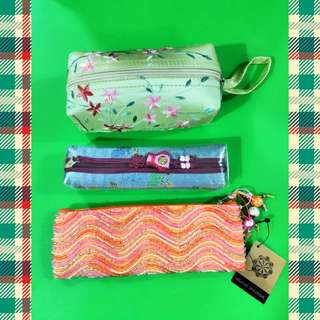 Zip up Pouches/Bags/Stationeries Bags