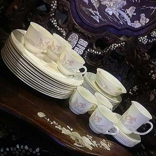 40 Pcs Acropal France Dinner Set