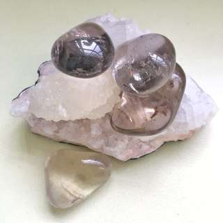 Smoky Quartz Tumbled Stones (medium)