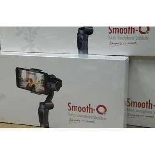 全新 行貨 智雲 手機三軸穩定器 Zhiyun Smooth Q 3-Axis Stabilizer