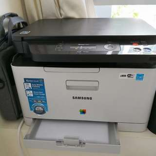 Printer Samsung Less than 1 year old