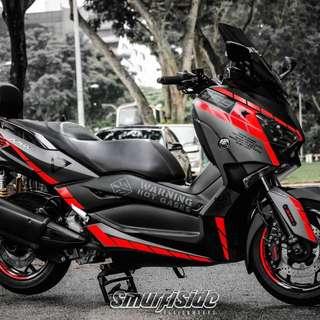 Yamaha Xmax300 Maverick Viñales Florescent Red Linings theme