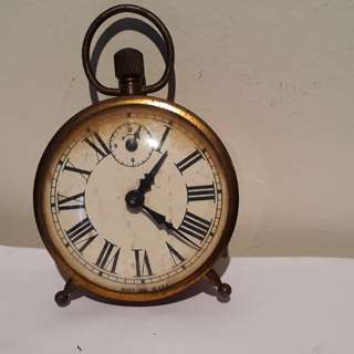 vintage 1953 inagrham  alarm clock USA size diameter 8cm  it's super duper working good  no dealer's pls
