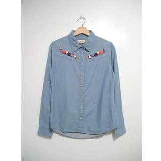 (私)二手 H&M刺繡花水洗丹寧襯衫