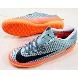 sepatu Futsal Nike Mercurial victory