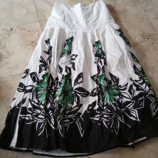 Girl's long skirt