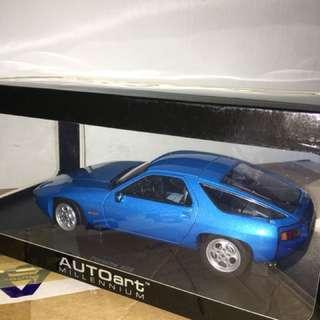 1/18 Porsche 928. AutoArt