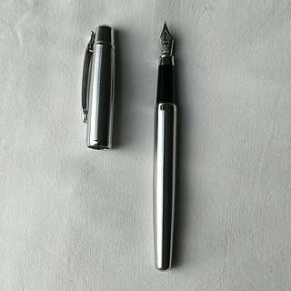 Generic fountain pen