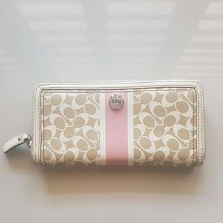 Coach Women's Long Wallet (Original)