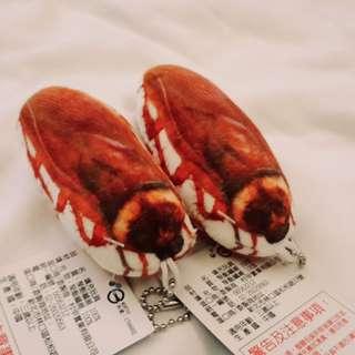 🚚 蟑螂吊飾2隻一組