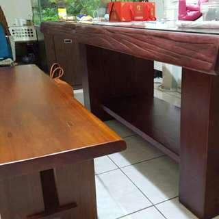 """整塊""""原木""""紫檀桌椅!絕不是合成木"""