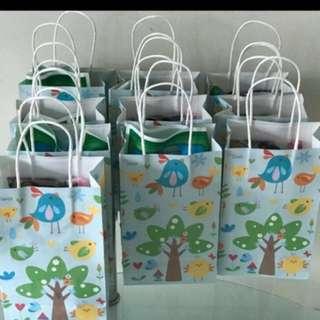 Birdie paper carrier - goodie bag