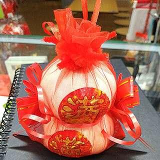Fortune Garlic Gourd . Auspicious Gourds发财葫芦 $5.80 each . Wu Hang huat ar!