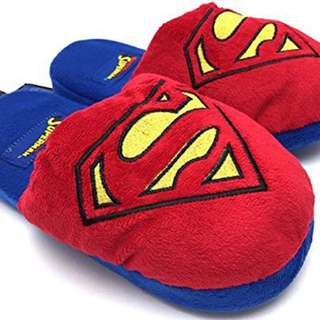 ✨BRAND NEW✨Superman Slippers