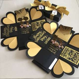 Valentine explosion box with 4 waterfall in black & gold