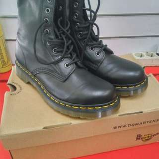 Dr.Martens 1460W Original made in vietnam