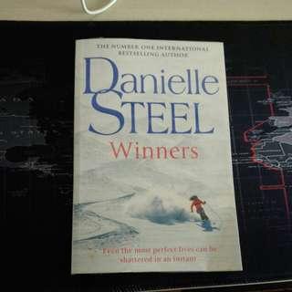 Novel - Danielle Steel